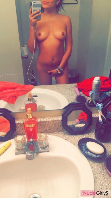 College teenage girl naked Mexican pic