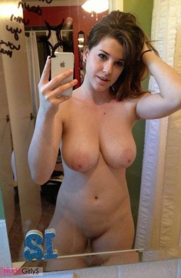 Hot college big tits nude selfie