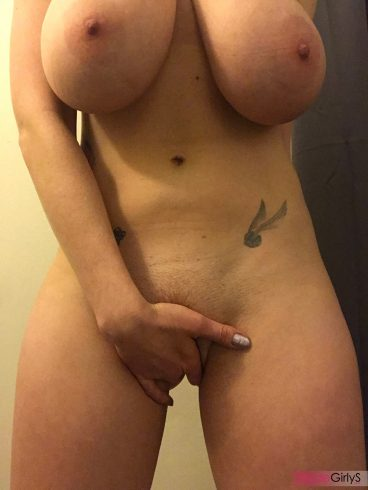 Very horny big tits amateur picture of Aloe-Goddess