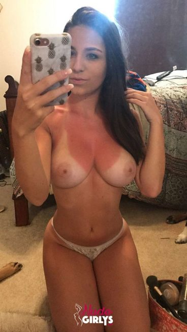 Real natural busty sexy nude brunette babe snap selfies Ashley Black