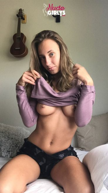 Super cute sexy nude girlfriend exclusively porn gallery