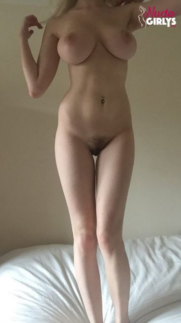 My favorite college nude NeoAphrodite exposed body pic
