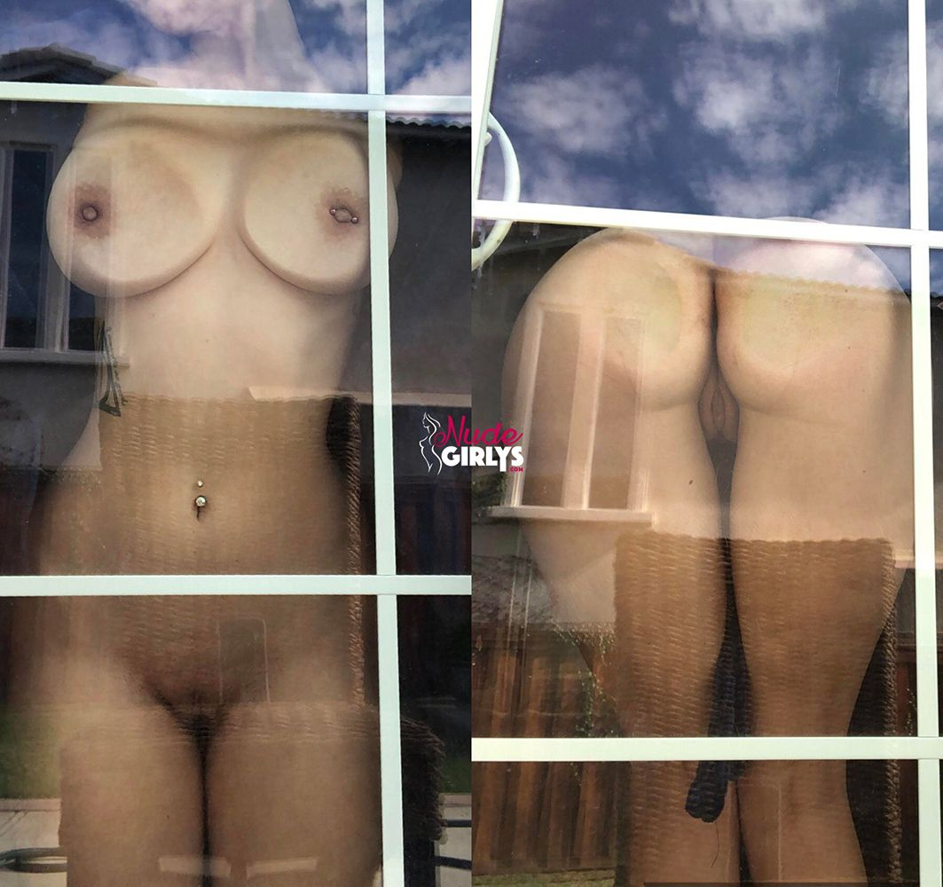 Bigtits amateur 18+ big booty reddit babe against glass nude