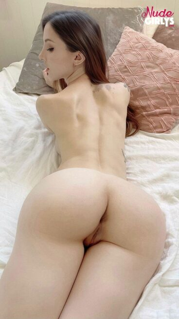 Small petite naked big ass behind bed